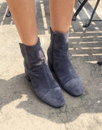 gather band ankle-boots