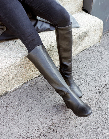 tent simple knee-boots
