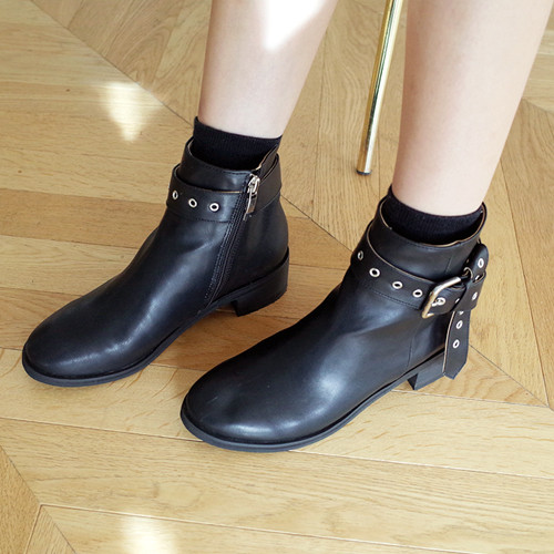 scenery eyelet knot-boots