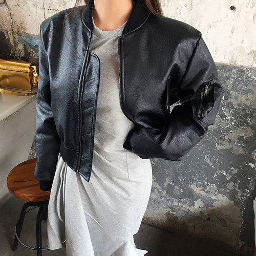 dreary leather short-jp